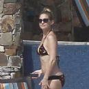 Kate Hudson Shows Off Her Bikini Body In Mexico
