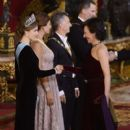 King Felipe VI of Spain and Queen Letizia of Spain : Gala Dinner - 400 x 600
