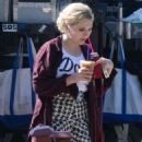 Abigail Breslin – On the Set of 'Scream Queens' in Los Angeles 9/1/2016 - 454 x 565