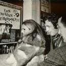 Ursula Andress and Jean-Paul Belmondo - 454 x 300