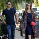 Jessica Alba and Cash Warren out shoppingin Venice Beach, CA - 454 x 596