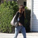 Jessica Biel out in Studio City - 454 x 662