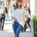 Alessandra Ambrosio picks her little boy up from school on January 17, 2017 - 400 x 600