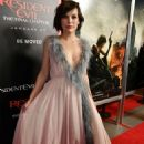 Milla Jovovich – 'Resident Evil: The Final Chapter' Premiere in Los Angeles January 24, 2017 - 454 x 667