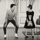 Broadway Dancers - 454 x 366
