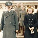 Adolf Hitler - 442 x 381
