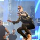 Justin Bieber performs onstage during 102.7 KIIS FM's 2015 Wango Tango at StubHub Center on May 9, 2015 in Los Angeles, California