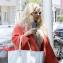 Jessica Simpson – Arrives for lunch in Beverly Hills - 454 x 681