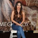 Megan Fox – Appearance at Forever 21 in Glendale