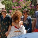 Alicia Vikander – Seen with friends in Ibiza