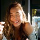 Alexis Ren – Twitter and Instagram Pics - 454 x 807
