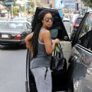 Kelly Rowland – Leaving the gym in Los Angeles - 454 x 681