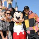 Bruna Marquezine and Neymar at Disneyland in Paris - 454 x 303