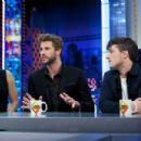 Liam Hemsworth-November 26, 2015-Attends 'El Hormiguero' Tv Show - 454 x 302