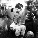 Bringing Up Baby - Katharine Hepburn - 454 x 365