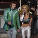 Britney Spears in Super Bowl XXXV Halftime Show - 454 x 702