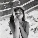 Yvette Vickers - 454 x 677