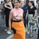 Freida Pinto – Arrives at Moschino Fashion Show in Milan - 454 x 746