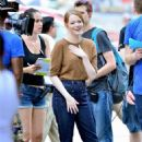 Emma Stone – Films 'Billy on the Street' set in New York City - 454 x 682