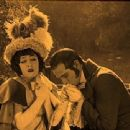 Beyond the Rocks - Rudolph Valentino - 454 x 340