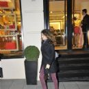 Beren Saat  walking in Istanbul (December 2014)