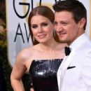 Amy Adams and Jeremy Renner – Golden Globe Awards in Beverly Hills 01/08/ 2017 - 454 x 681