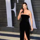 Adriana Lima – 2018 Vanity Fair Oscar Party in Hollywood - 454 x 682