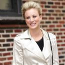 Kaley Cuoco - Outside The Ed Sullivan Theater For The 'Late Show With David Letterman - October 12, 2009