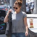 Minka Kelly Beauty Park In Brentwood
