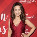Lacey Chabert – 'Christmas at Holly Lodge' Screening in LA - 454 x 660
