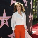 Felicity Huffman – Eva Longoria Hollywood Walk Of Fame Ceremony in Beverly Hills - 454 x 717