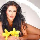 Carla Ortiz - 448 x 381