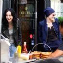 Krysten Ritter and Rachael Taylor – Filming 'Jessica Jones' set in Manhattan - 454 x 366