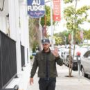 Justin Timberlake makes a stop at Au Fudge restaurant on April 9, 2016 - 400 x 600