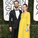 Natalie Portman and Benjamin Millepied : 74th Annual Golden Globe Awards - 407 x 600