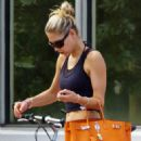Anna Kournikova - Leaving Exercise In Miami - September 17, 2010