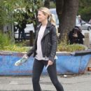 Jennifer Morrison on the set of 'Once Upon A Time' in Vancouver - 454 x 596