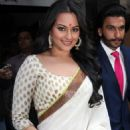 Sonakshi Sinha and Ranveer Singh at the Lootera Trailer Launch event - 454 x 681
