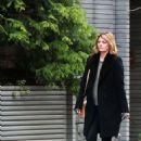 Mischa Barton – Walking her Dogs in Manhattan