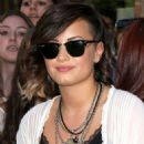 Demi Lovato Leaves Her Hotel In Ny