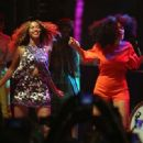 Beyonce Solange Knowles Performing At The 2014 Coachella