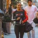 Halle Berry in Tights – Leaving the gym in NYC - 454 x 681