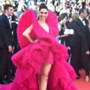 Deepika Padukone – 'Ash Is The Purest White' Premiere at 2018 Cannes Film Festival - 454 x 633