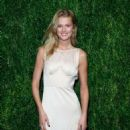 Toni Garrn – CFDA/Vogue Fashion Fund 15th Anniversary Event in Brooklyn - 454 x 552