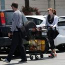 Amy Adams-May 29, 2015-Amy Adams and Darren Le Gallo Go Shopping - 454 x 323