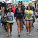 """Deena Cortese hit the boardwalk for some shopping retail therapy at """"Sand Tropez"""" before their last night out for season three of """"Jersey Shore"""