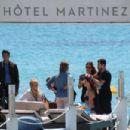 Isabeli Fontana in Bkini Photoshoot in Cannes - 454 x 303