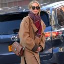 Jennifer Lawrence and Cooke Maroney – Out and about in New York City - 454 x 788
