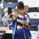 Vanessa Hudgens – Grabbing iced coffee in Los Feliz - 454 x 602