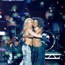 Shakira Rocks Out at the 2010 MTV EMAs